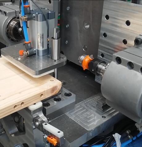 Maszyny do specjalistycznej obróbki drewna